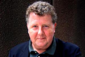 Steve-Hewlett